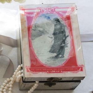 We Love gift box