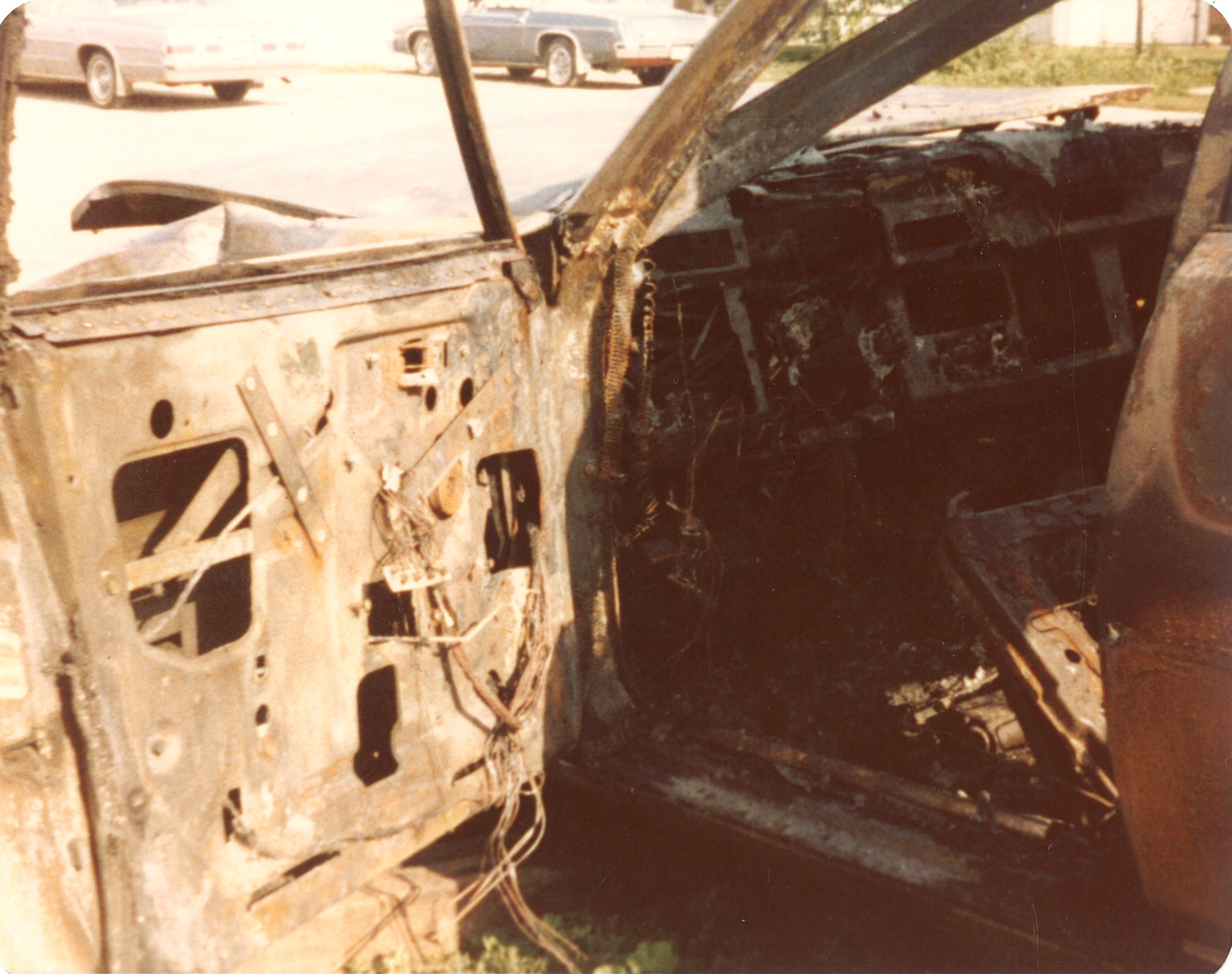 Burned Cadillac Seville-drivers door July1979