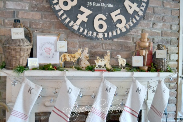 Cottage-mantel-for-Christmas