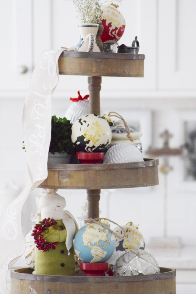 tiered-tray-for-christmas