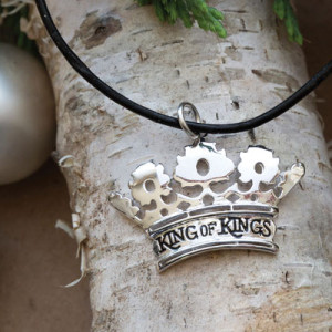 King-of-Kings-Necklace1-300x300